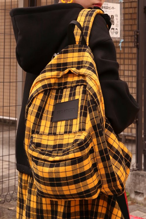 Check cross backpack
