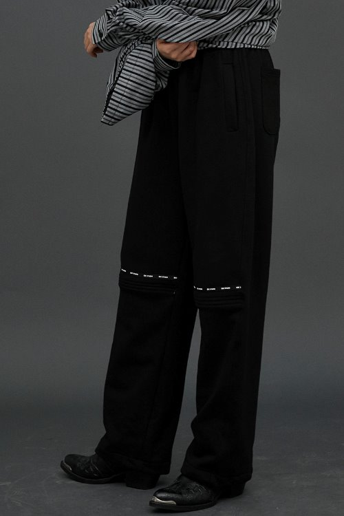 Open training pants (Black)