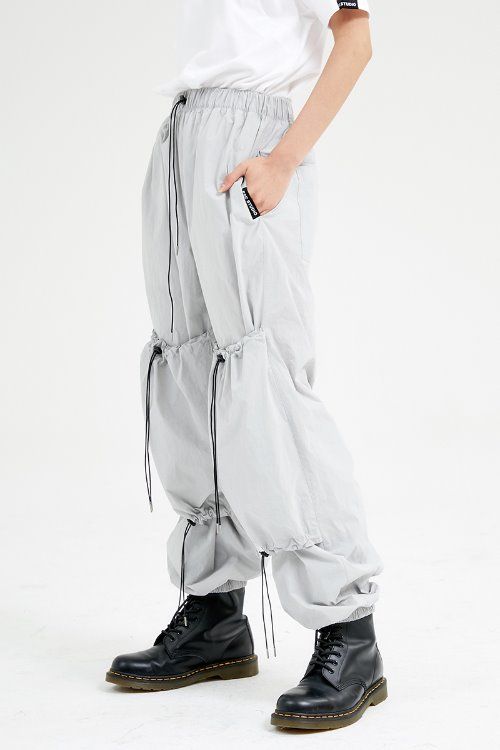 String pants (gray)