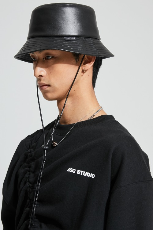 Leather bucket hat (black)