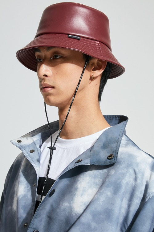 Leather bucket hat (burgundy)